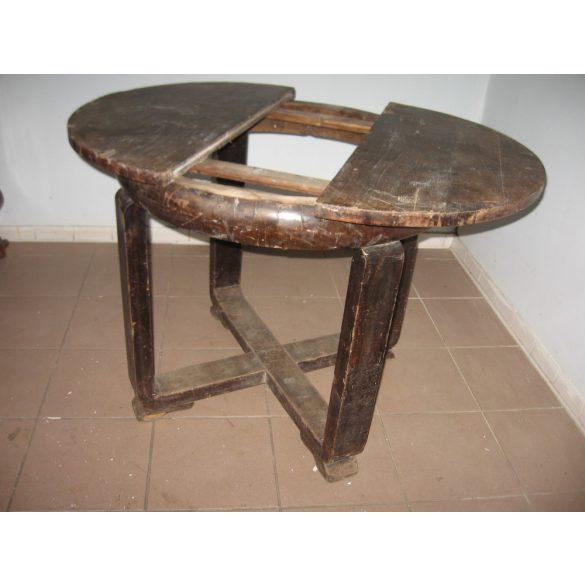 Kör, szalon asztal